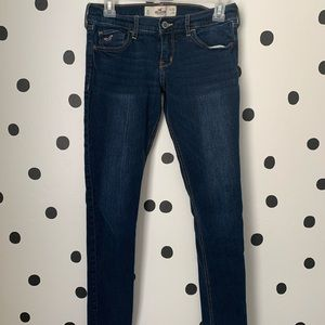🔥30%OFF🔥EUC Hollister skinny jeans size 3s